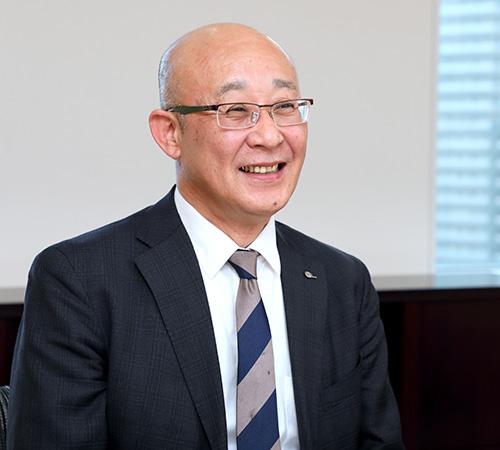 取締役常務執行役員 オートパーツ営業本部長 岩本尊弘(Iwamoto Takahiro)